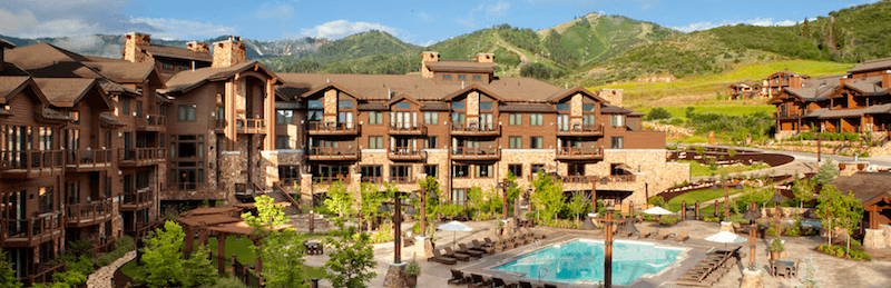 Immerse Yourself in the Summer Mountain Lifestyle